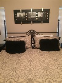Queen metal bed with mattress & boxsprings