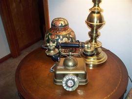 Brass Lamp - Brass Phone, Japan - Oriental Ginger Jar