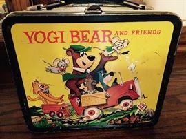 YOGI BEAR VINTAGE LUNCHBOX WITH THERMOS