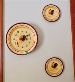 Rooster clock and decorative plates