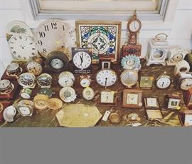 Clocks - vintage alarm clocks, battery clocks, electric clocks