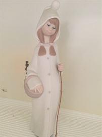 Lladro 4678 Shepard Girl with walking stick