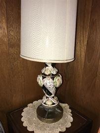 BEAUTIFUL VINTAGE ITALIAN CAPODIMONTE CHERUB LAMP
