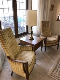 TWO STRIPED CHAIRS AND TABLE WITH LAMP