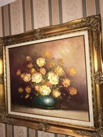 BEAUTIFUL FLORAL OIL ON CANVAS FRAMED PAINTING