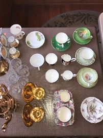 COLLECTIBLE FINE CHINA TEACUPS