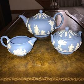 WEDGWOOD JASPERWARE TEA SET- TEAPOT, SUGAR BOWL AND MILK SERVER