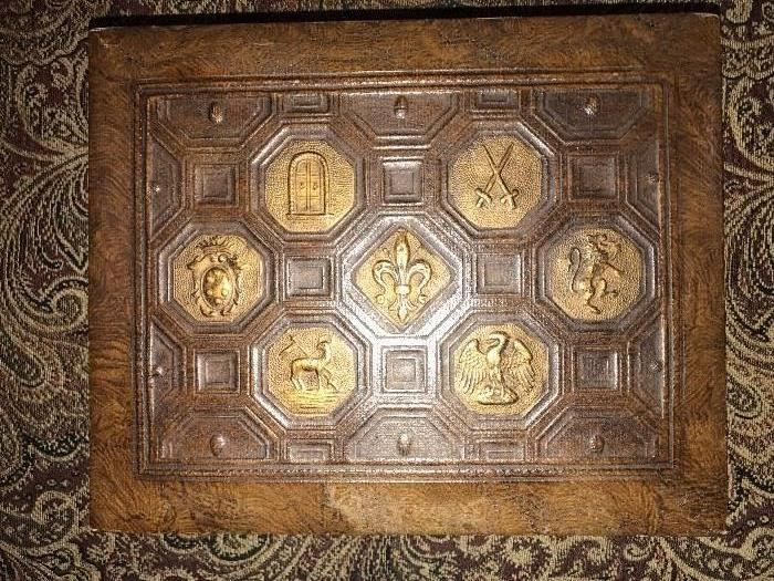 ANTIQUE LEATHER HUMIDOR -CIGAR BOX