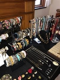 TONS OF COSTUME JEWELRY -RINGS, EARRINGS, BRACELETS, NECKLACES, BROOCHES, CUFFLINKS AND MORE