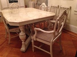 1920's Dining room furniture, solid as a rock!