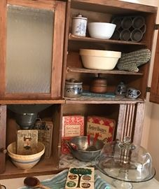 Antique oak Hoosier, folding accordion front, glass front flour bin, flour sifter and enamel work top