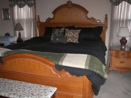 Oak King size Bedroom set (7 Pc set) by Lexington