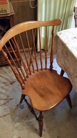 Ethan Allen Table and Chairs- Mint Condition