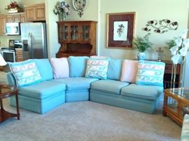 Sectionnal turquoise sofa
