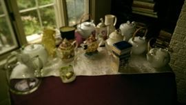 loads of teapots