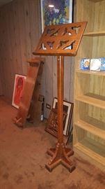 Music Stand/ Pedestal