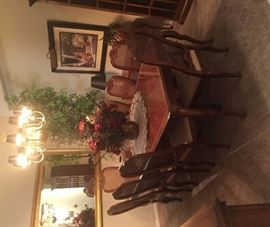 Henredon Dining Table, X-tra Leaf, 8 Chairs (looks new!)