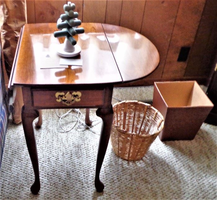 Matching Handen Drop Leaf Side & Coffee Tables
