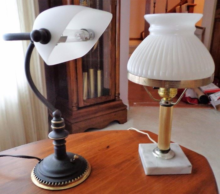 Table Lamps: Glass, Metal, Brass, Wood, Pottery