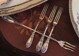 LaVigne strawberry forks and long handle fork.  Shows the inlay on the French style table