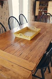Broyhill Attic Heirlooms Rustic Oak Collection - Harvest Table with 10 Black Windsor Chairs (includes 2 Captain's Chairs), Pottery Barn Wooden Tray