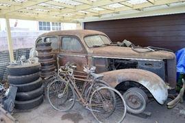 1930 Buick ,major restoration or car parts.