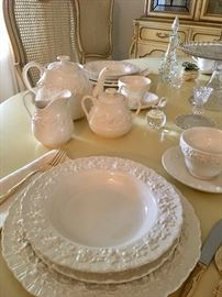 Wedgwood Queensware, service for 12