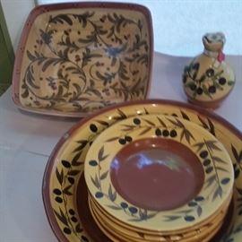 Pasta set,  serving dish and olive oil jar