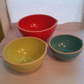 Sold  !!  Colorful  Val do Sol mixing bowl set
