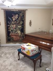 grand baby piano & bench - Wall Tapestry