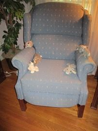 WINGBACK RECLINER (W/ STUFFED RHINOS)