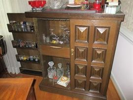 MID-CENTERY MODERN 2 DOOR BAR CABINET AND BAR ACCESSORIES