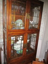 MID-CENTURY MODERN 4 DOOR CHINA CABINET