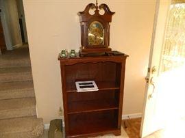 Very Good Bookcase & Shelf Clock