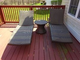 Front gate Lounge chairs and table