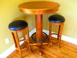 High table w/2 matching leather top stools. Solid Wood