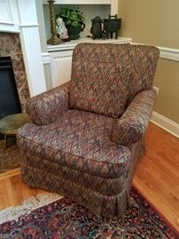 Henredon Chair $100 excellent condition smoke free pet free home