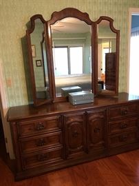 Dresser with mirror - has matching night stands and door chest