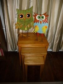 owl statues / stack table set