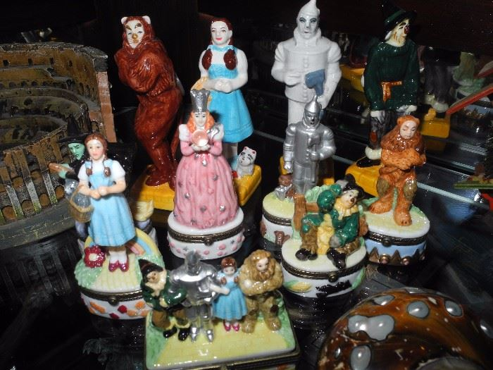 Complete set of Wizard of Oz trinket boxes