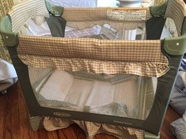 Graco portable crib