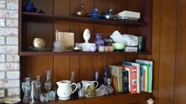 Nesting Hens Glass, Pottery