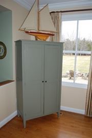 Green Shabby Cabinet