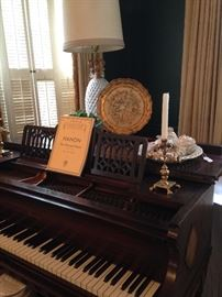Exceptional 1923 Everett Louie 16th baby grand piano; large crystal lamp; Italian Florentine tray