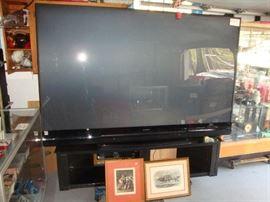 92 inch mitsubishi 3D tv