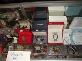 Jewelry Rolex , Omega , Vintage gold watches Lots of nice things
