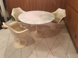 vintage Knoll Tulip table & 3 chairs