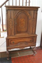 German china cabinet