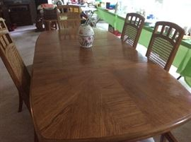 Stanley table and chairs, mint condition
