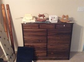 Wooden chest of drawers, great condition